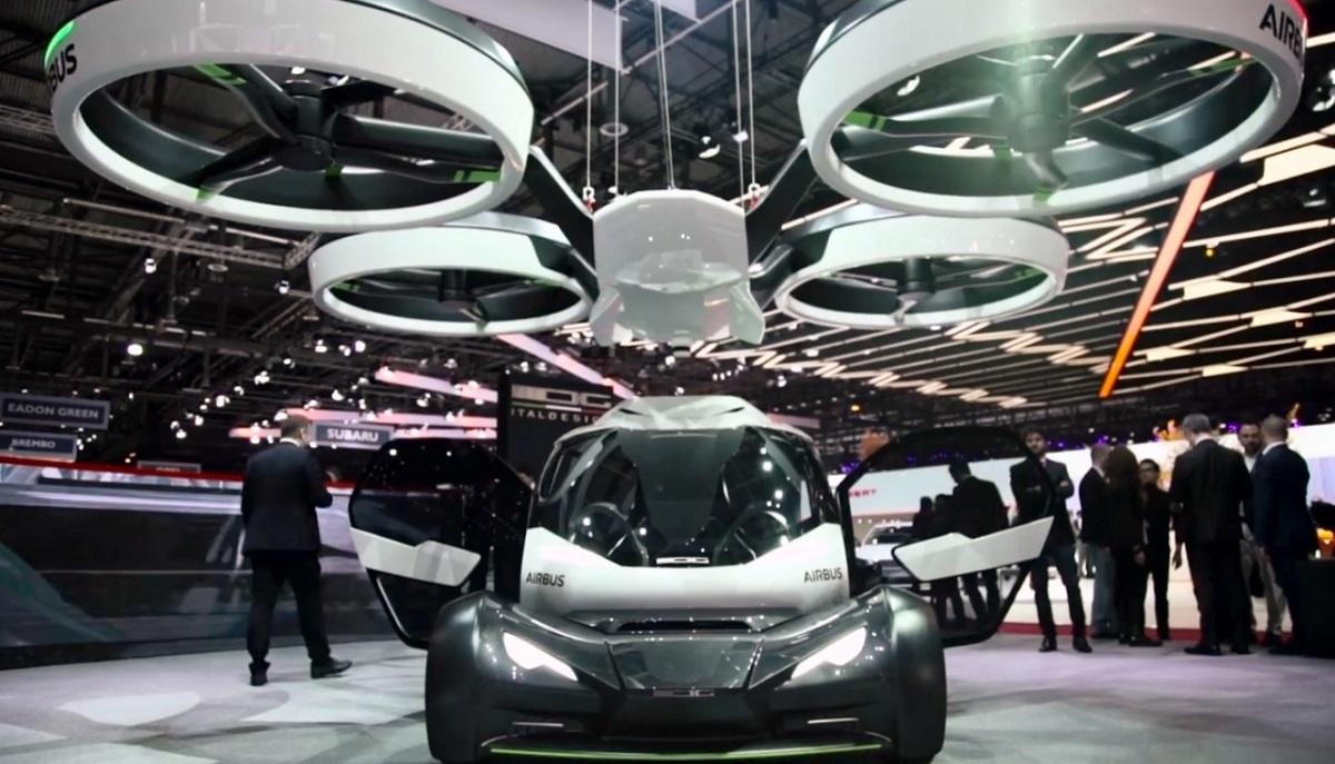 Dron i samochód